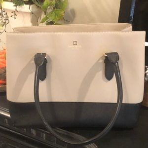 Kate Spade Tote in excellent used condition